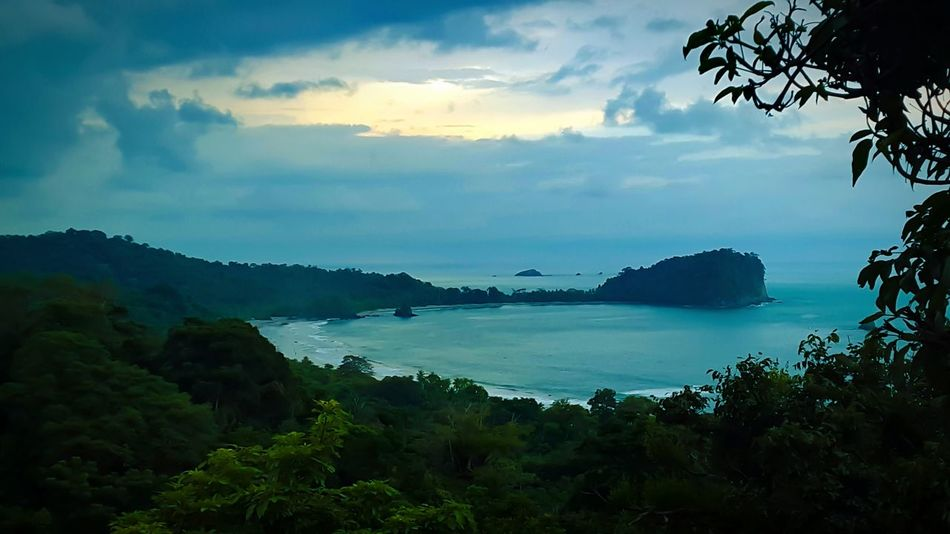 Manuel Antonio Travel Crvrocks Costarica Rainforest DreamJob Life Is A Beach