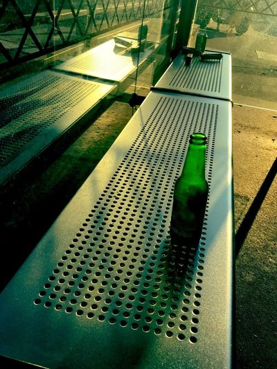 Provisions de voyage ?! Sunlight Shadow Nature Day No People High Angle View Outdoors Green Color Close-up Bottle Drink