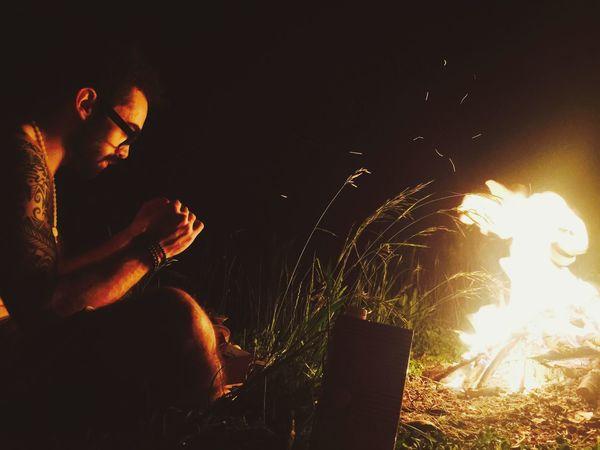 Capturing Freedom Enjoying Life With Friends Naturelovers Fierworks Fuego