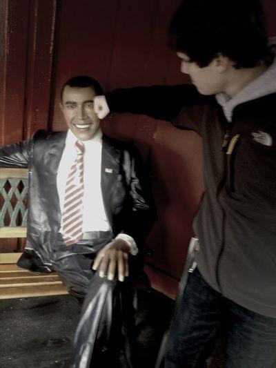 Puching Obama