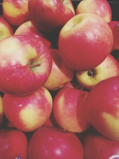 Red Apples Apple Fresh Fruits Apple Fruit Food Healthy Food Healthy Lifestyle Healthyeating Grocery Shopping Grocery Market