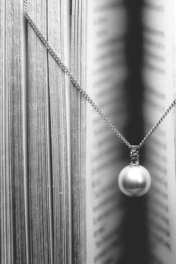 Necklace Chain Jewellery Pearl Black&white Blackandwhite Photography Black And White Photography Black & White Beauty Close-up Pages Pages Of A Book Product Diamonds Soft Soft Light Pendant