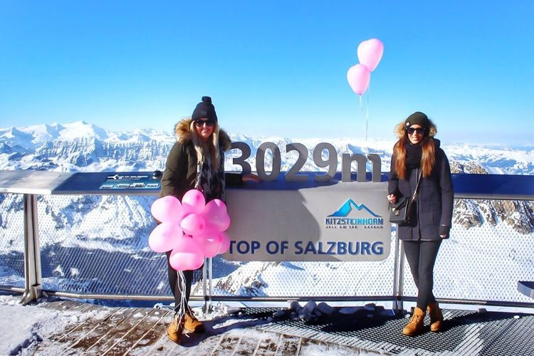 Valentine Heart Kitzstrinhorn Kaprun ValentinesdayLove Togetherness Heart Shape Balloon Two People Women Pink Color Happiness Snow Text Beautiful Woman Winter Day Lifestyles Friendship Portrait Outdoors Full Length Young Women Leisure Activity