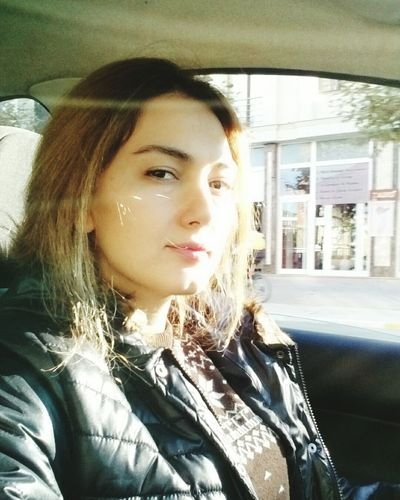 New Hair Color Hava Miss Iyi Günler Bol şanslı Günler Herkese Vertical Only Women Person Young Women Young Adult Adult One Woman Only Car Interior Vehicle Interior City One Person Headshot People Looking Through Window Portrait Smiling Beautiful Woman Close-up One Young Woman Only Day