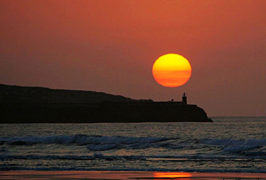 Sun Sunset Sea Silhouette Tranquil Scene Sunrise_sunsets_aroundworld Sunset_collection Sunrise Cantabria San Vicente De La Barquera IrreBerenTe Landscape_Collection Landscape Sunsets Faro Lighthouse Lighthouse_lovers