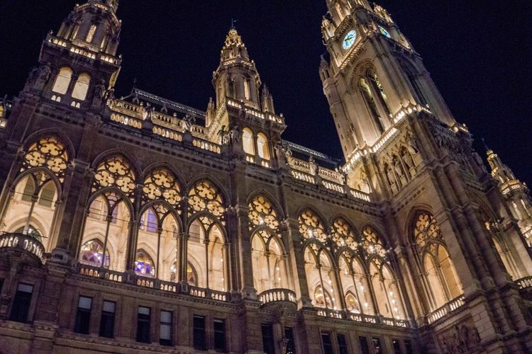 Low Angle View Travel Destinations Architecture City No People Built Structure Religion Illuminated Outdoors Sky Day Austria Vienna Wien Österreich Rathaus