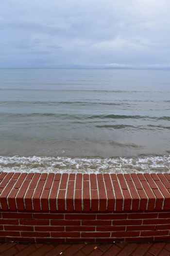 Oltre il muro Mare D'inverno Immaginazione Immagination Wall No Limits Beyond The Wall Sea Water Nature Beauty In Nature Sky No People Tranquility Tranquil Scene Horizon Over Water Beach Horizon