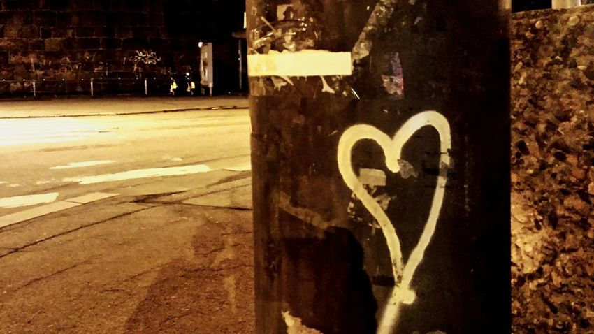 Love Heart Streetphotography Oslo Norway EyeEm Best Shots Streetphoto_color No Flash Exclusive  Never Used Urban 4 Filter