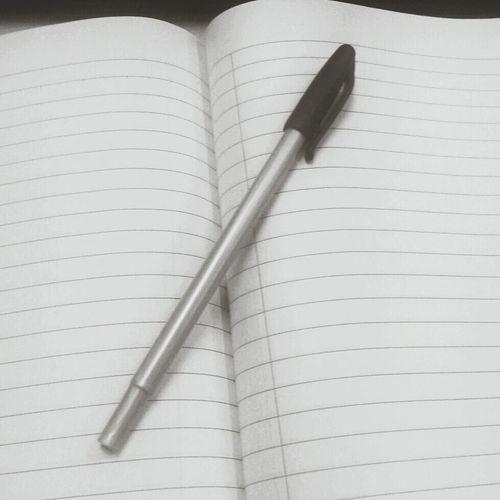 Tajuk Karangan UPSR sy : Saya Sebatang Pen Yang Terdampar Kesepian... Merepeklalagi