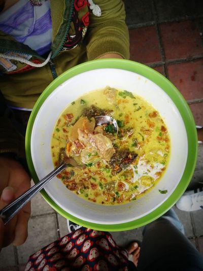 Soto Kuning Bogor Foodphotography Food Porn Klubpengunyah Foodgasm Kulinerindonesiaku Wisata Kuliner INDONESIA