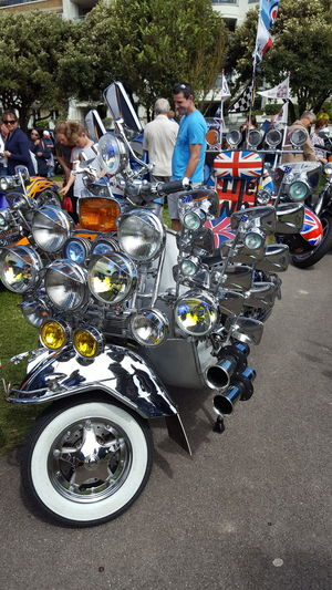 Classic Scooters Mods Scooters Mods Sunday Modern Art Lifestyles Real People Outdoors Lambretta 1970s Architecture Worthing The Who Modstyle