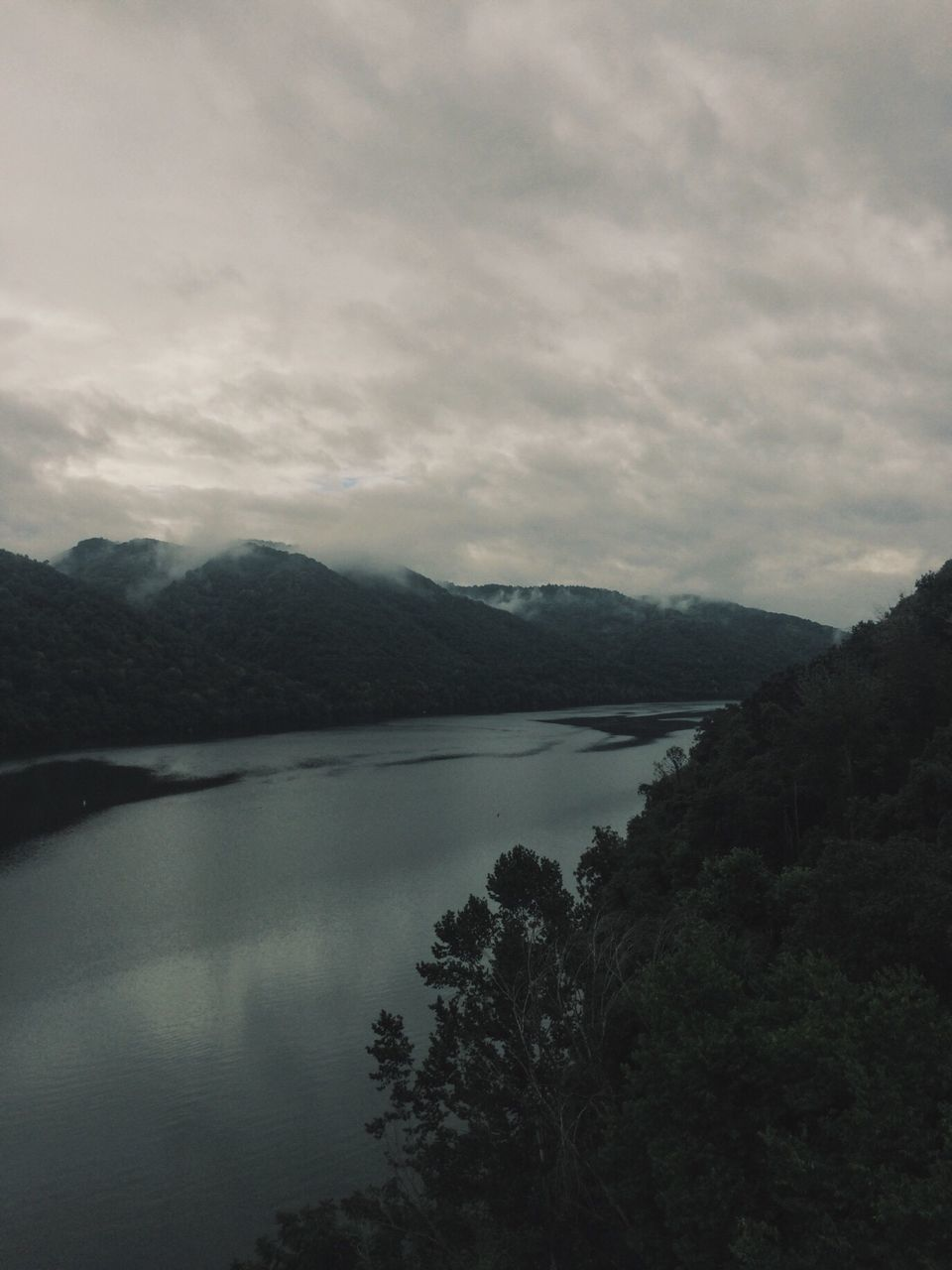 mountain, nature, sky, water, landscape, lake, beauty in nature, no people, scenics, outdoors, scenery, day