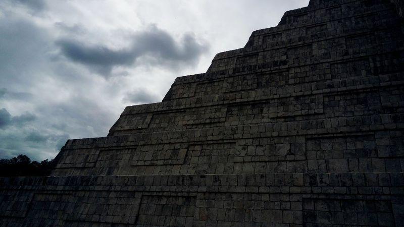 Kukulkán 3 Mayan Ruins Chichenitza Mayas Seven Wonders Of The World Maravilla Del Mundo Yucatán, México Kukulkan Architecture Low Angle View History Building Exterior Travel Destinations Old Ruin Built Structure Ancient Civilization No People Outdoors Sky Day