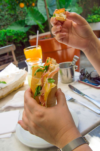 Women Human Body Part Human Hand Sandwichporn Sandwich Sandwichphoto Sandwich Time Sandwiches Real People Outdoors Indoors  Sandwhich Food Food And Drink Healthy Eating
