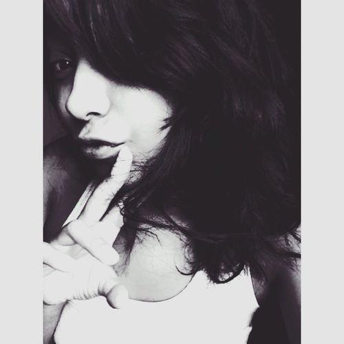 Selfie Blackandwhite Relaxing 😴😴😴