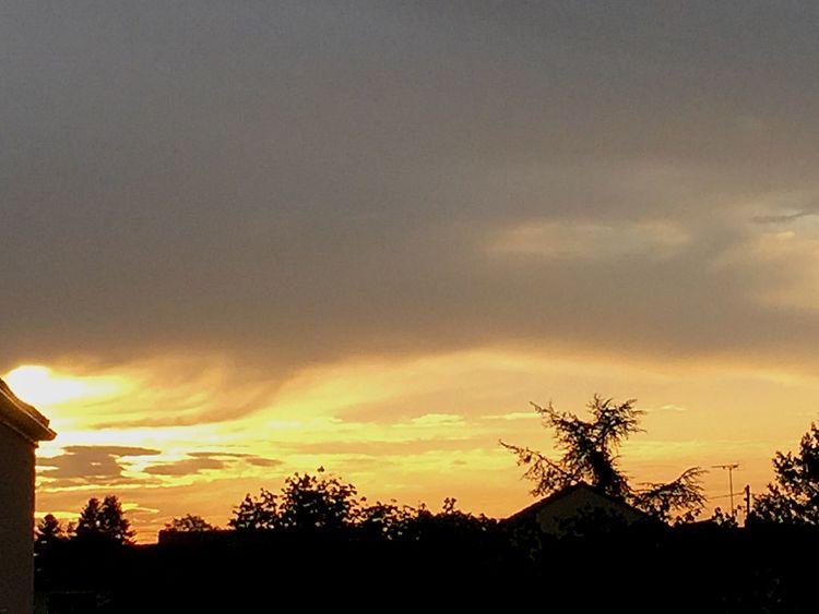 👏🌅🌞Coucher de Soleil Printemps Spring Ciel Et Nuages Charente France CIELFIE Sun Coucher De Soleil Skyfie