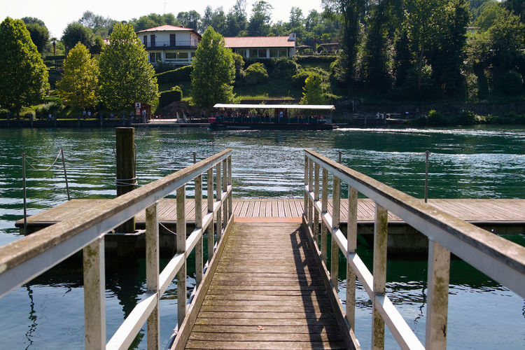 Floating pier on the Adda river River Beach Sunny Wood Adda River Bridge Built Structure Fiume Adda Floating Pier Floating Piers Italy Lake Outdoors Pier Summer Tranquility Water Wood - Material Wood Paneling Wooden Piers Wooden Walkway