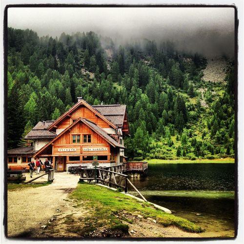 Mountains Lakes  Rifugio Nambino