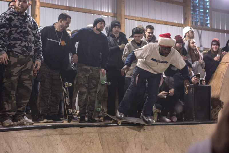 Merry skatemas from Castle Bam Group Of People Men Crowd Large Group Of People Architecture Real People Skate Photography: Same Tricks, New Perspectives Vitality Event Togetherness Fun Sport Lifestyles