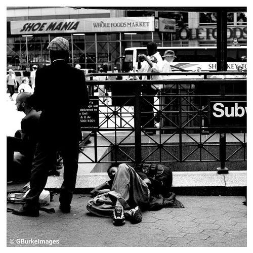 Juxtaposition NY. NY NYsubway NYC Bigapple NewYork streetshot streetphotography steeetscene streetwalker_069 bw_society bw_photooftheday ampt_community squaready photography streetphotography igersny people