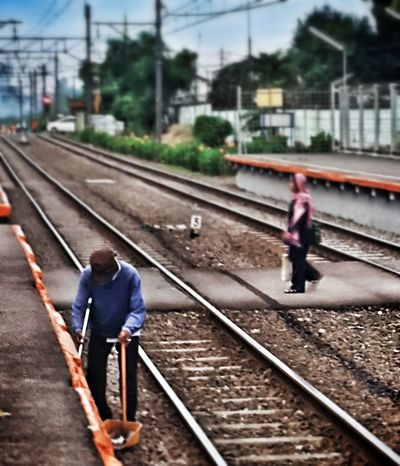 People Jobs in Train Station