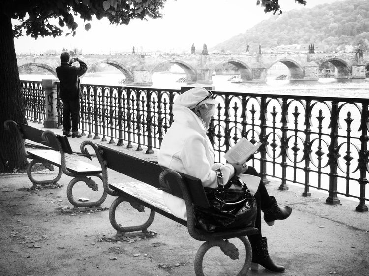 Streetphoto_bw Shootermag Blackandwhite EyeEm Traveling Around The World EyeEm In Prague Mission Prague Visual Witness Shades Of Grey