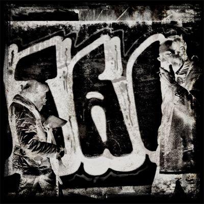 Notes From The Underground Strangers In Transit NEM Black&white ...The Plæce Øf Dæd Rœds...