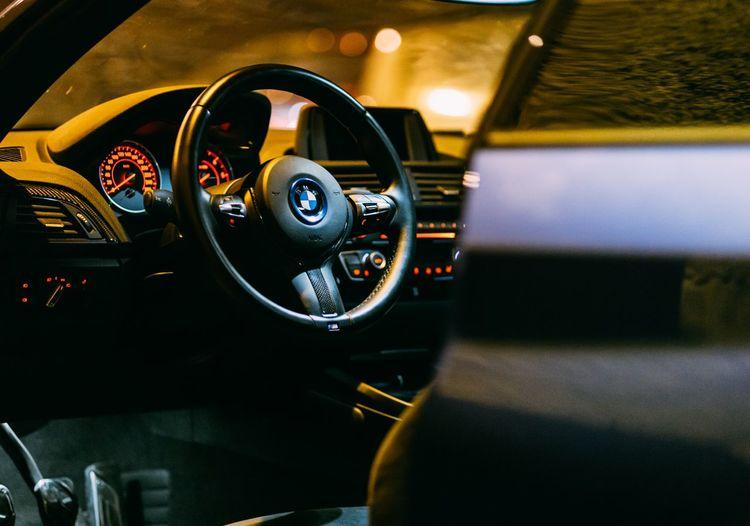 Exclusive and desing Car Interior Detalist Detalles Interior Design Diseño Creativity Bmw Bmw Car Bmwmagazine Bmwfashionweek BMW Motorrad