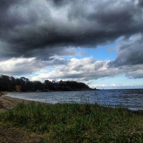 'Stormy' Today Ravenscraig Kirkcaldy Fife  Scotland cloudatlas Cloudreality Clouds Cloudporn skysnappers skyporn sky Seascape Seaview Beach Stormy Instagrampolis instamob insta_underdog instahub Photography