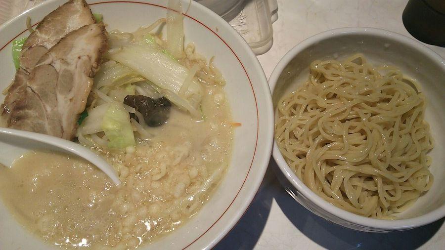 Tokyo Ikebukuro Ikebukuro ラーメン Ramen Enjoying A Meal Enjoy A Meal Food Porn Lunch Time! 大はちっこ(*'ω'*)塩つけ麺…つけ汁は具沢山。普通にタンメン+替え玉的な見栄え。つか💧麺を入れる余裕が見当たらない