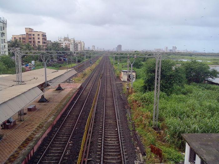 Public Transportation IPhoneography Rail Road Tracks Rail Station