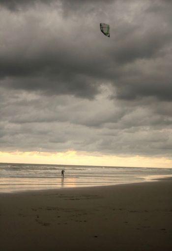 Hayál gücü bilgiden daha önemlidir. Scheveningen  Sea Beach Holland Turkey Elazığ Dersim Gurbet Water Nature Beauty In Nature Sport