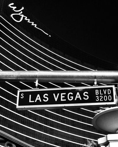 Blackandwhite Black & White Noiretblanc Lasvegas Nevada Whynnhotel USAtrip Travel Vegas  The Photojournalist - 2016 EyeEm Awards