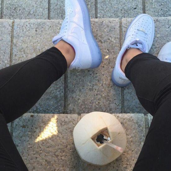 Nike Air  Nike Street Fashion Urban Fashion Streetstyle Urbanstyle Sneakerhead  Sneakers Fashion Aesthetics Gorgeous Photography Model Style Coconutjuice