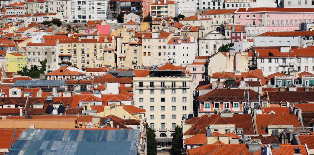 Portugal Roadtrip Impressions City Life Cityscape Fuji X-T20 Architecture Building Exterior Built Structure City City Lights Cityscape Cityscapes Fujifilm Fujifilm X-t20 Fujifilm_xseries Full Frame House Lisbon Outdoors Roof Travel Destinations X-T20 An Eye For Travel