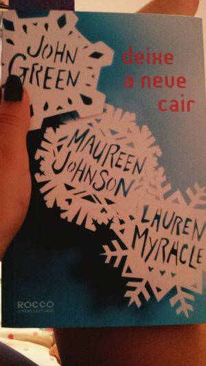 ? Johngreen Maureenjohnson Laurenmyracle Books