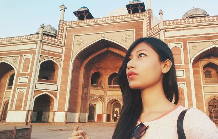 Selfie. Architecture Adult Arch Travel Destinations Adults Only Tourism People History Outdoors Built Structure One Person Travel Beauty One Woman Only Only Women Portrait Women Low Angle View Self Portrait Selfıe Mughal Architecture MughalEra Mughal Connected By Travel EyeEmNewHere Lost In The Landscape