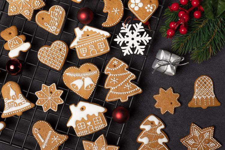 Christmas Holiday Celebration Decoration Christmas Decoration Baked Cookie Tree Indoors  Still Life Star Shape Christmas Ornament christmas tree No People Shape Food Gingerbread Cookie Sweet Food Food And Drink Design