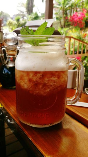 Icetea Freshly Made in a cute Drinking Jar Monte Verde Costa Rica (c) 2015 Shangita Bose All Rights Reserved Snbcr Streetfood Worldwide