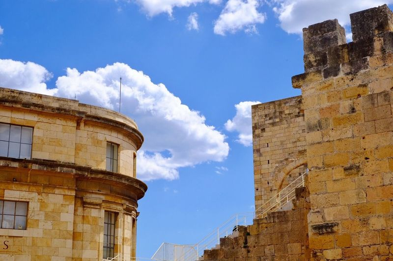 Sky Cloud - Sky Architecture Building Exterior Built Structure Low Angle View Day No People Outdoors History Tarragona España SPAIN