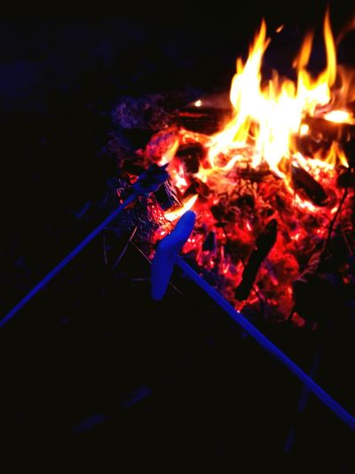 Heat - Temperature Flame Close-up Bonfire Fire Glowing Lit Campfire Burning Sparks