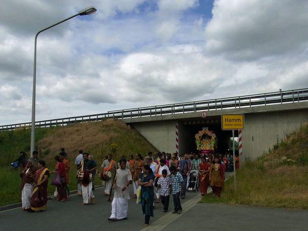 Asian Culture Ruhrgebiet Tempelfest Hamm Autobahn Procession to Datteln-Hamm-Kanal: Passing underneath Autobahn A2