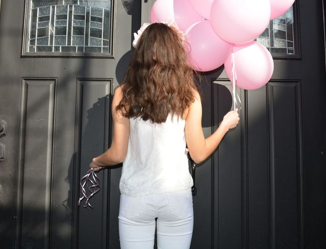 One Woman Only One Person Balloon Party - Social Event Standing Helium Balloon Curly Hair People Helium Day Indoors  Young Adult Looking At Camera Close-up Millennial Pink Happiness Free Textured  Leisure Activity Pink Color