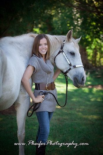 Photo shoot last month!!! I love how my photos turned out!!!!!!! Fall Outdoors❤ Horses..