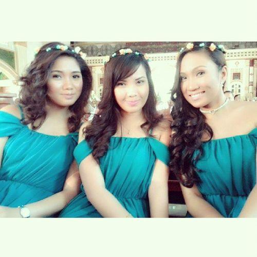 @aillabyooouu we will be your friends forevs! ;) ♥ @arlynjoy23 @prettymaldita25 Instadaily Wedding Girlfriends Love