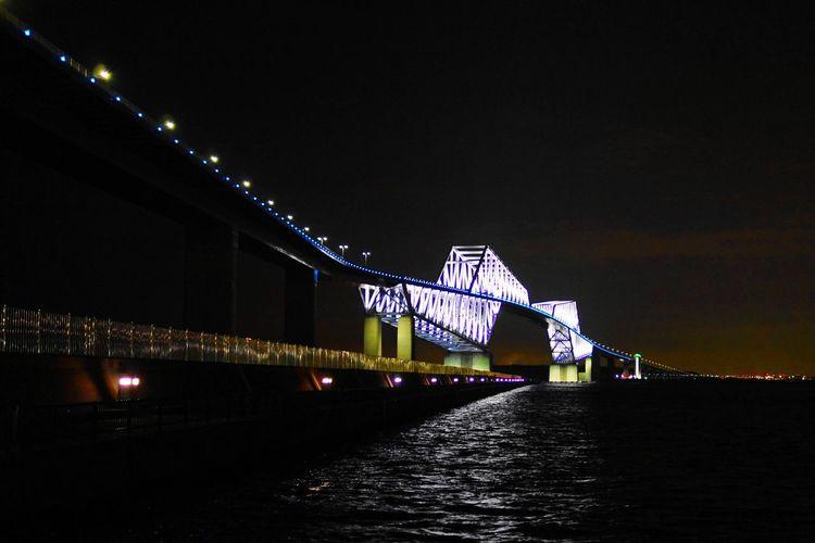 Night Illuminated Low Angle View Nightlife No People 東京ベイブリッジ 橋