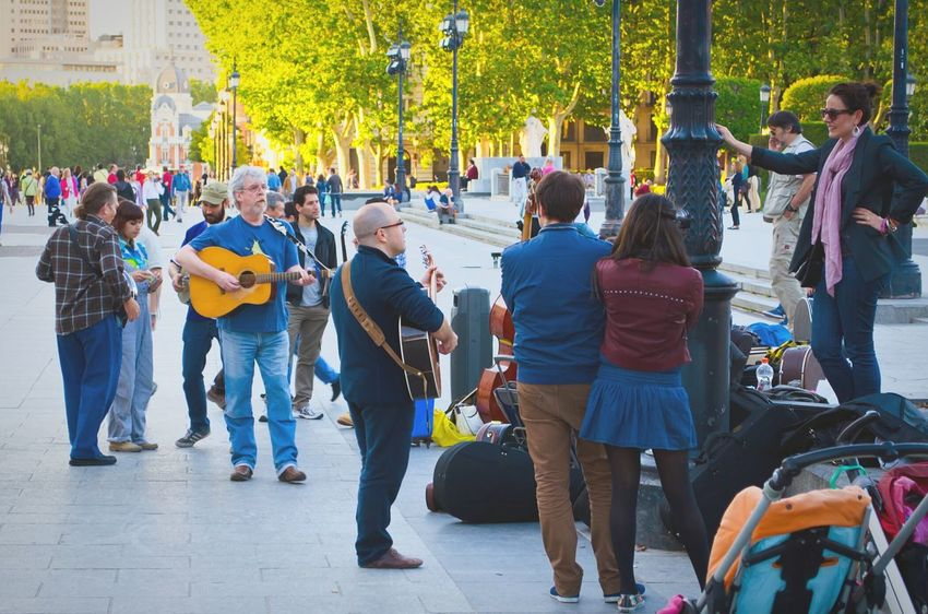 Spanish Piople Street Photography Madrid Enjoying Life SPAIN Musician The Human Condition Sound Of Life Capture The Moment