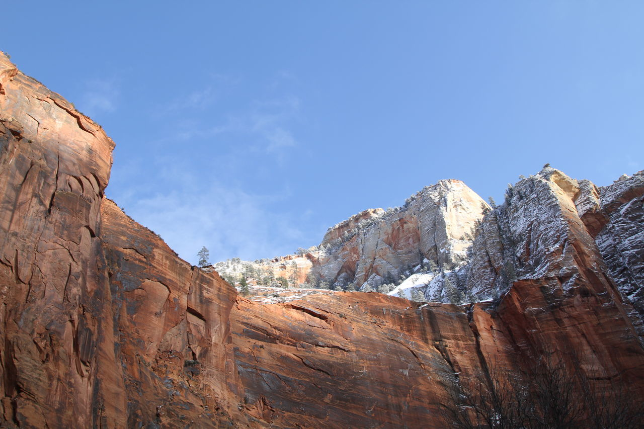 mountain, nature, rock - object, beauty in nature, day, tranquility, no people, outdoors, sky, scenics, cliff, landscape