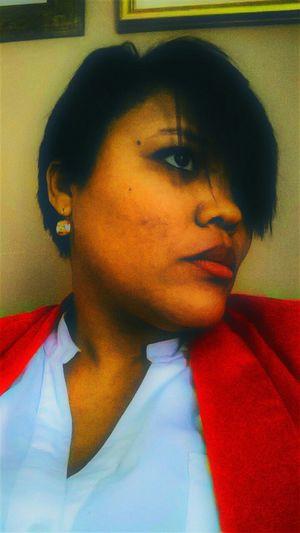 Self Portrait Red Lips Darkhair Short Hair That's Me!