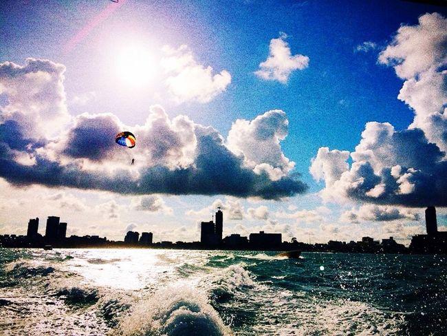 In Tailand Pataya Sea Sun Ship Taking Photos Enjoying Life Traveling Have Fun Fly